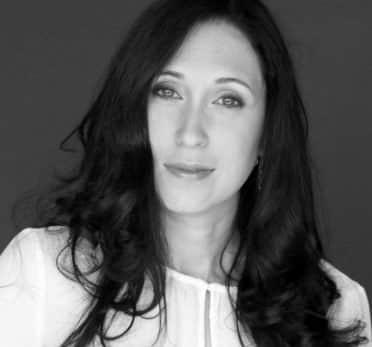 יוליה שנקר - עורכת דין ונטריונית מוסמכת