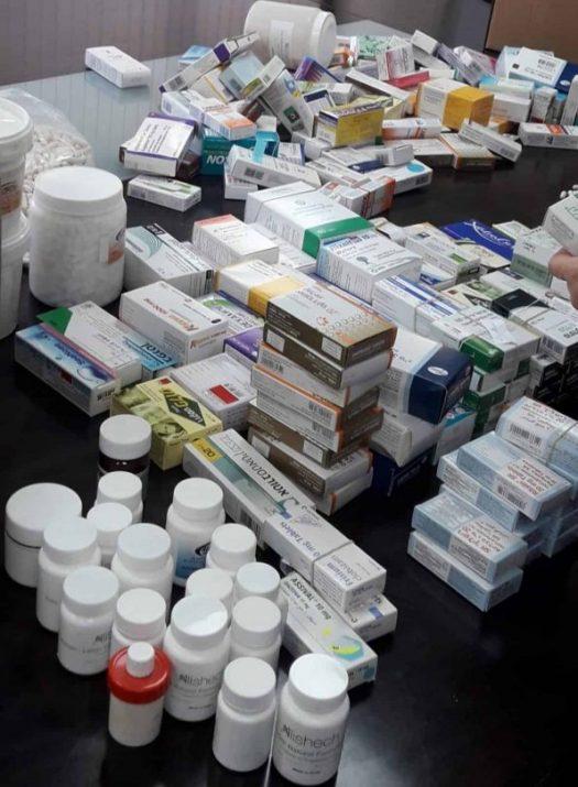 """רופא ובנו חשודים בהברחת תרופות המוגדרות כסם מסוכן לחו""""ל"""