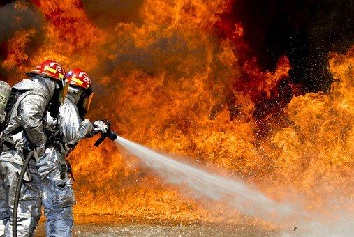 נזקים כבדים למלון הנסיכה באילת בעקבות שריפה ענקית