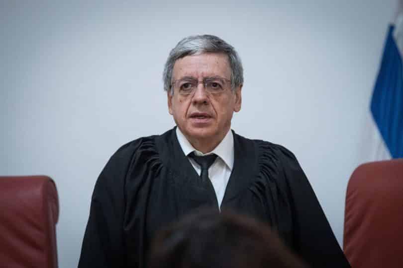 פרסום ראשון תלונה כנגד השופט מני מזוז שהתבטא נגד השר אוחנה