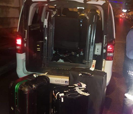 משטרת מרחב שרון עצרה גבר בן 31 מנתניה בחשד שגנב מזוודות ובהן רכוש רב החשוד כגנוב ממשלחת רשמית מיפאן