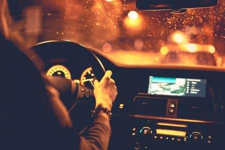 נהג מכונית