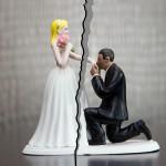 אשה תבעה את הצלם לאחר שגילתה שהיא והגרוש מככבים בפרסומת לצלם חתונות