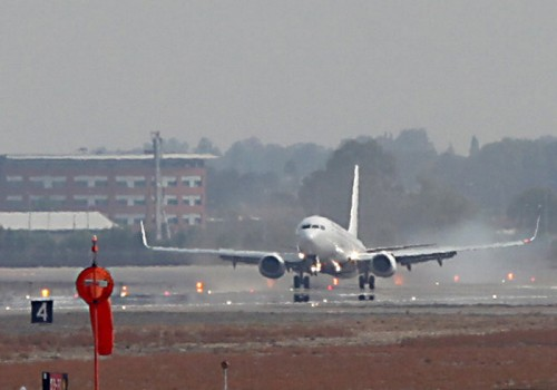 """היועמ""""ש: להמשיך בייצוגית נגד חברות התעופה"""