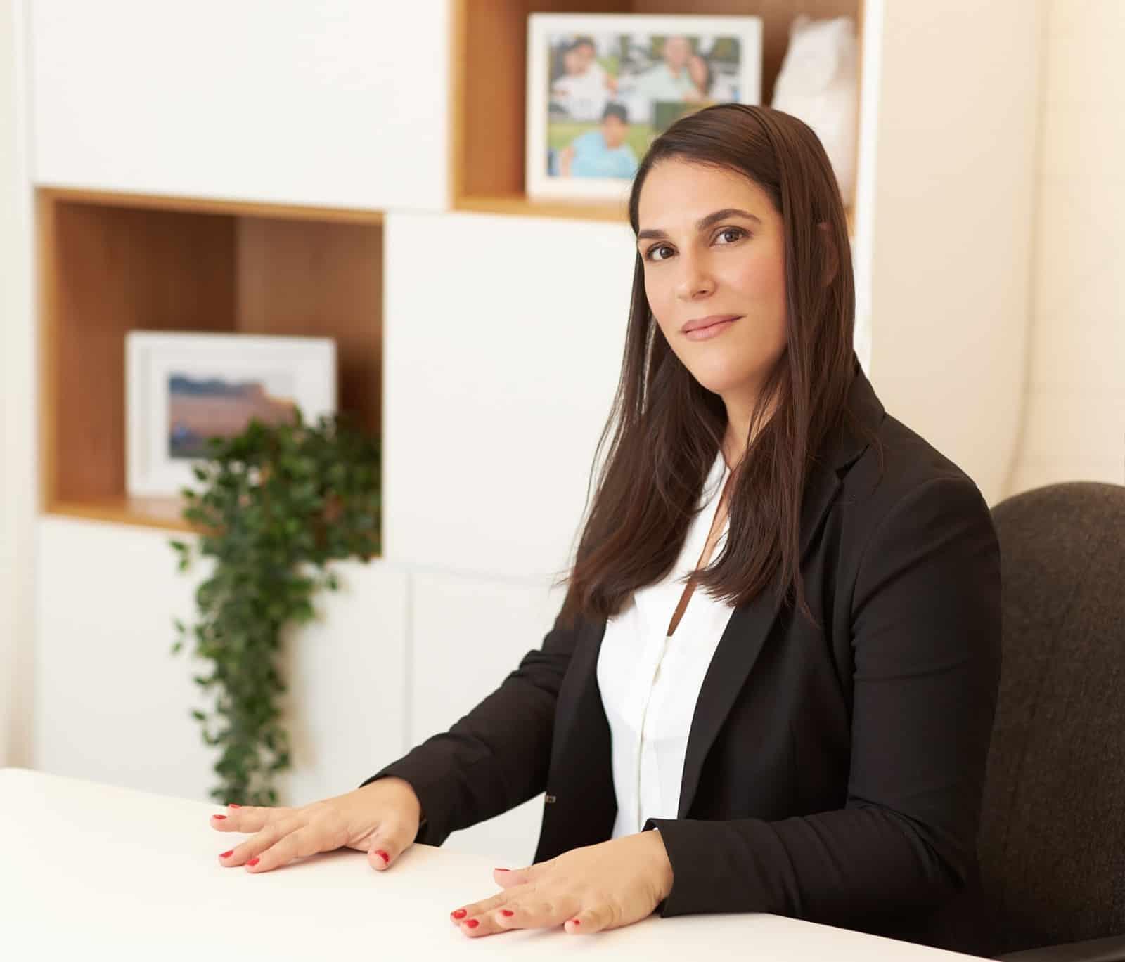 סיון אלה-לוי, עורכת דין