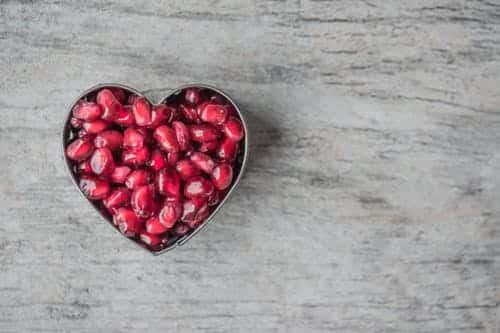 עוגה תותים צורה לב