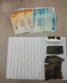 צפו: הבלשים מסתערים על מבריחי הסמים