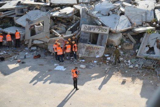 בזכות הקורונה: 50 צעירים מתנדבים מג'סר א-זרקה בקורס חילוץ והצלה של פיקוד העורף
