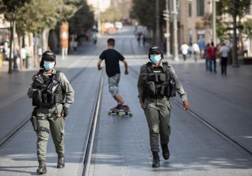 שוטרים קורונה