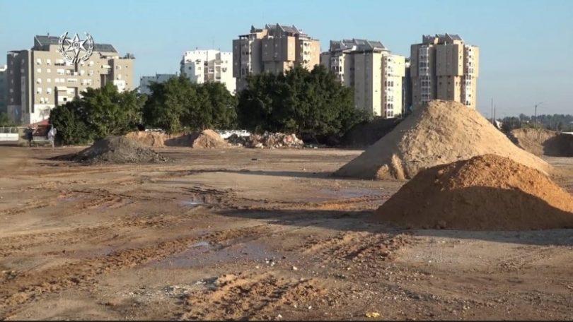 המשטרה פשטה על אתרים לא חוקיים להשלכת פסולת באזור לוד