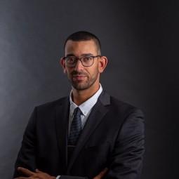 עורך דין אורי נחמיאס