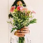 בקשה לייצוגית: חנות הפרחים גבתה יותר מהמחיר שפרסמה