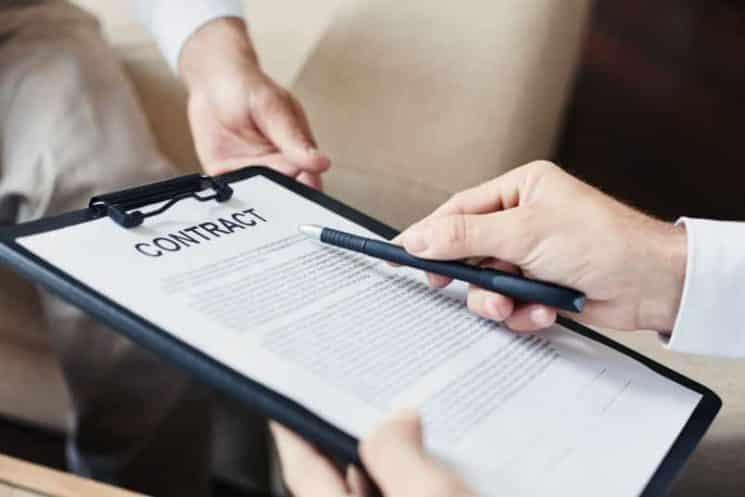 חוזה מסמך עורך דין הסכם