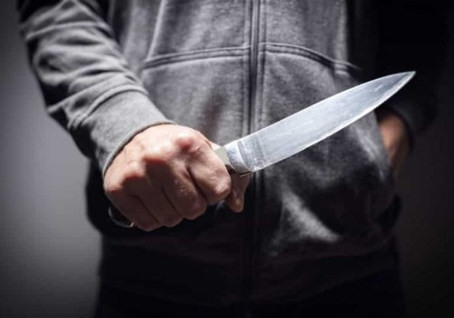 תיעוד: בן ה-16 רכש סכין ויצא לרצוח