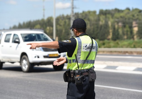 """האכיפה בכבישים: 3,076 דוחות בסופ""""ש"""